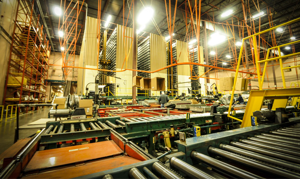 Photo of interior of Minneapolis Thermo King parts warehouse